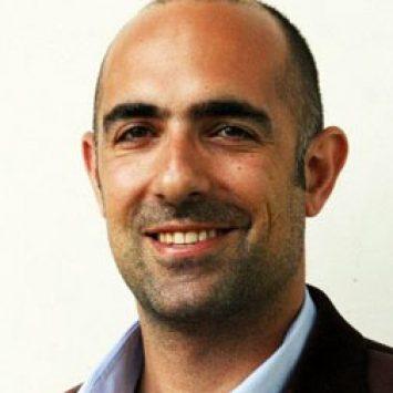 Sina Farzaneh